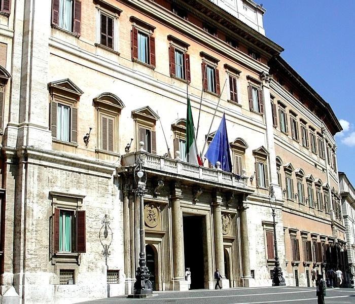 Il parlamento blogamico for Sede parlamento italiano