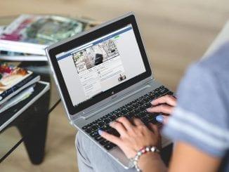 Come gli estranei vedono il tuo profilo Facebook