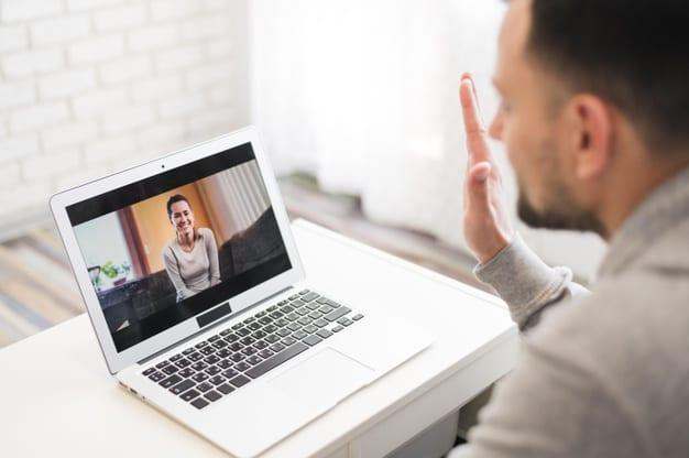 Come fare una videochiamata o chiamata con Skype
