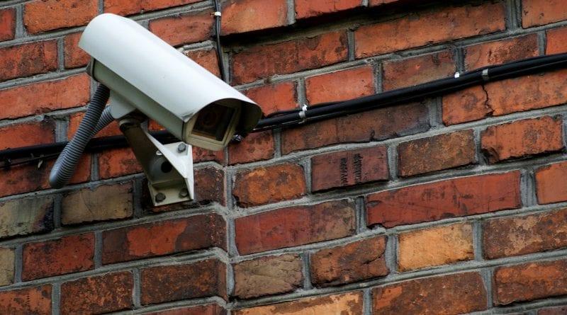 telecamera nascosta con sensore di movimento